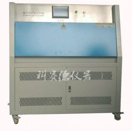 紫外老化试验箱的UV灯管辐照强度多少达标?